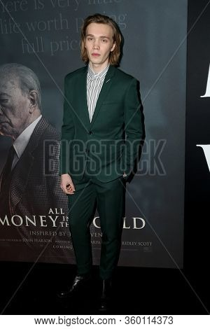 LOS ANGELES - DEC 18:  Charlie Plummer at the