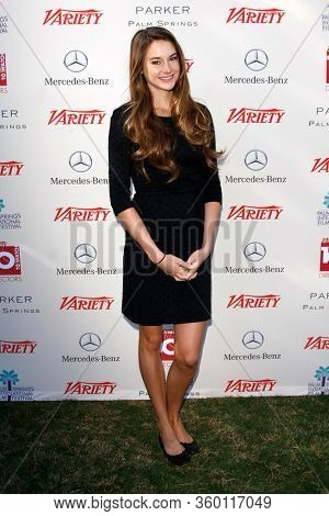 LOS ANGELES - JAN 8:  Shailene Woodley at the Variety's 10 Directors To Watch at the Parker Palm Springs on January 8, 2012 in Palm Springs, CA12