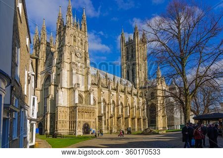 Canterbury, Uk - February 20, 2013: View Of The Cathedral Of Canterbury, With Locals And Visitors, I