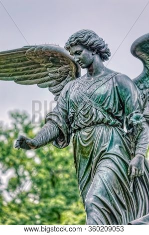 New York, Usa - October 2, 2018: Detail Of The Bethesda Fountain With Its Angel Of The Waters Statue