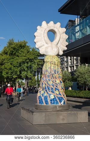 Melbourne, Australia - December 4: Sculpture On The Street Of The South Melbourne On December 4, 201
