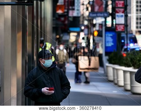 New York, United States, Usa March 26, 2020: Busy Streets In New York Even During Coronavirus Lockdo