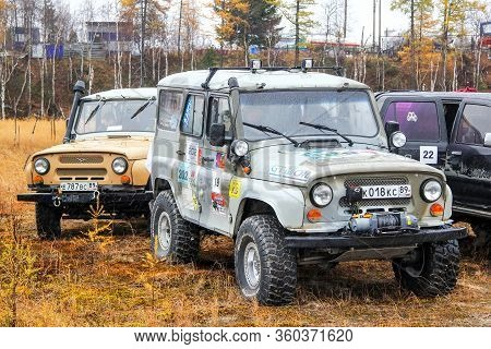 Novyy Urengoy, Russia - September 19, 2015: Off-road Vehicles Uaz 3151 Compete In The Annual Trophy