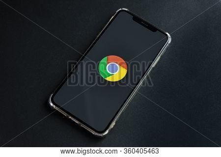 Sankt-petersburg, Russia, April 6, 2020: Google Chrome Application Icon On Apple Iphone Xs Max Scree
