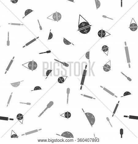 Set Ball Tea Strainer, Kitchen Colander, Rolling Pin And Spoon On Seamless Pattern. Vector
