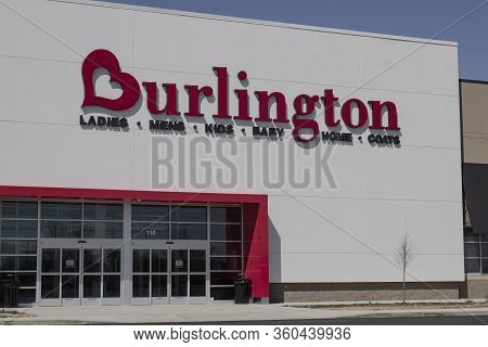 Noblesville - Circa April 2020: Burlington Coat Factory Strip Mall Location. Burlington Is An Americ