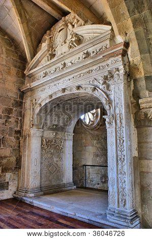 Detalhe Do Mosteiro De Santa Clara-a-velha