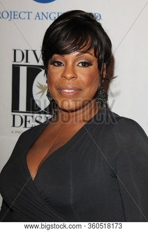 LOS ANGELES - OCT 7:  Niecy Nash_ at the 2011 Divine Design Gala at the Beverly Hilton Hotel on October 7, 2011 in Beverly Hills, CA