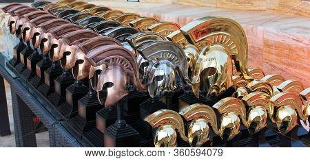 Greek Spartan Helmets, Sports Prizes, Beutiful Fone