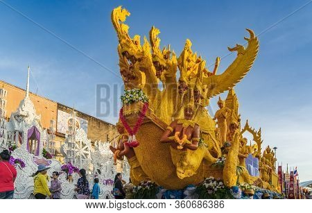 Suratthani, Thailand - Oct 14, 2019 : Beautiful Exquisite Boat In Buddha Festive Called Chak Phra Fe