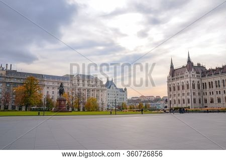 Budapest, Hungary - Nov 6, 2019: Empty Kossuth Square With The Building Of Hungarian Parliament Orsz
