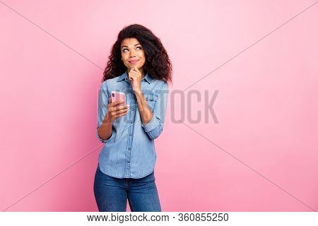 Portrait Of Inspired Social Media Addicted Afro American Girl Blogger Use Cell Phone Think Thoughts