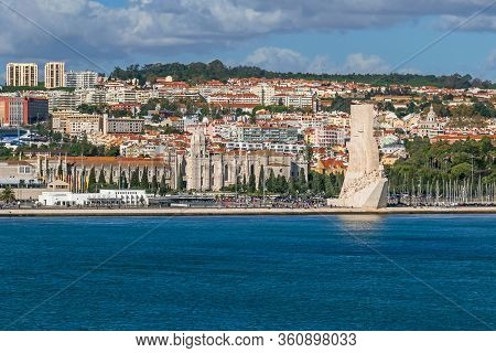 Lisbon, Portugal -  November 7, 2019: Northern Bank Of The Tagus River With Padrao Dos Descobrimento