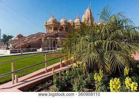 Chino Hills, California/usa - February 7, 2020: The Beautiful Grounds Of The Baps Shri Swaminarayan