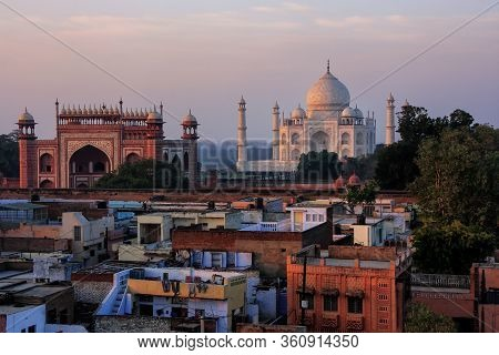 Rooftops Of Taj Ganj Neighborhood And Taj Mahal In Agra, India. Taj Mahal Was Build In 1632 By Emper