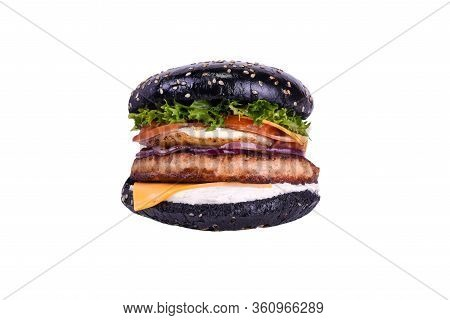 Black Burger With Chicken Meat, Ham, Chicken Egg, Feta, Cheddar, Grilled Tomato, Bell Pepper, Carame
