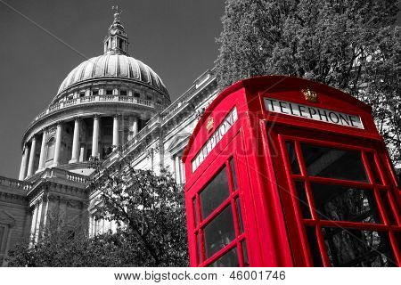 London phone box at St Paul's Cathedral