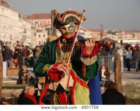Carnival Fiddler