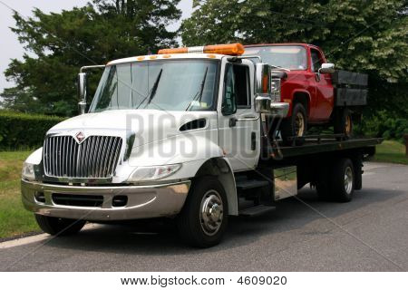 Flatbed Truck For Tow