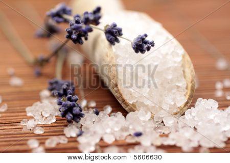 Small Wooden Shovel With Bath Salt