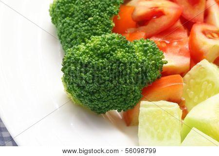 Fresh Salad With Brocolli