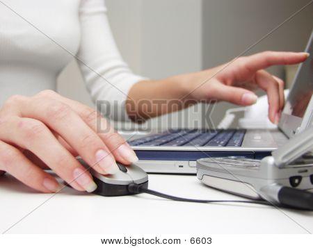 Keyboard Hands 80822