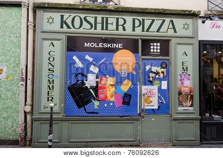Kosher pizza restaurant in Paris