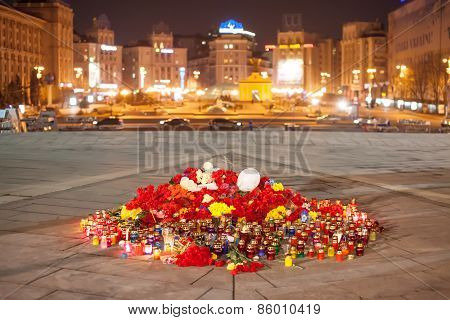 Yahrzeit candles and flowers at the Independence Square in Kiev. Ukraine