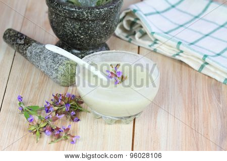 Antibacterial  And Natural Homemade Deodorant