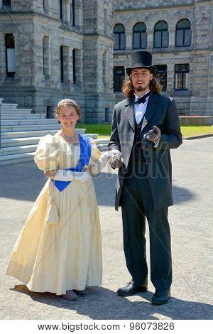 Young couple reenacting early XX century people