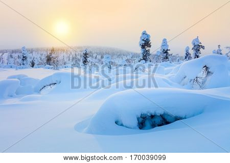 Polar Sunny Winter Landscape -  sparkling snow and big snowbanks, good weather, wallpaper