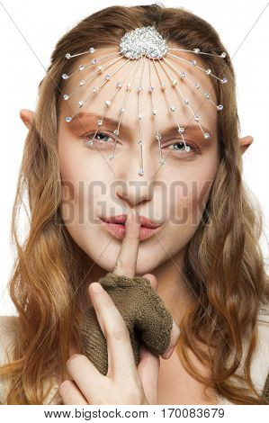 Elf woman shush
