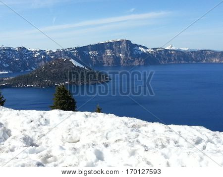 Crater Lake in Oregon - America's deepest lake