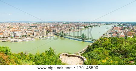 Budapest, Hungary - June 15, 2016: Dunabe River With Well-known Liberty Or Freedom Bridge Connecting