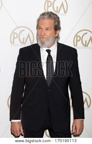 LOS ANGELES - JAN 28:  Jeff Bridges at the 2017 Producers Guild Awards  at Beverly Hilton Hotel on January 28, 2017 in Beverly Hills, CA