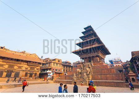 Bhaktapur Taumadhi Sq Nyatapola Pagoda Angled H