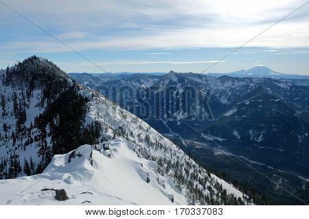 Cascade mountain Views From Mailbox Peak.  Snoqualmie Pass, Washingotn