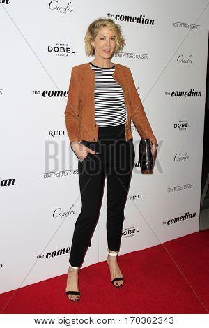 LOS ANGELES - JAN 27:  Jenna Elfman at the