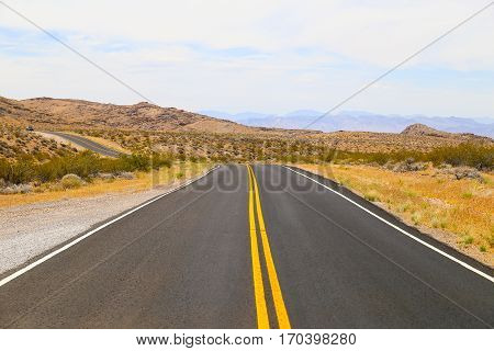 Road in the Valley of Fire State Park, Nevada, USA