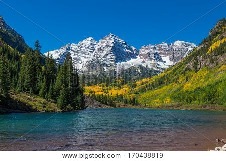 the scenic landscape of the maroon bells near Aspen Colorado in fall