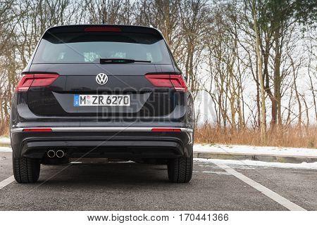 Volkswagen Tiguan, 4X4 R-line, Back Side