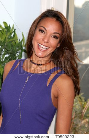 LOS ANGELES - JAN 5:  Eva LaRue at the