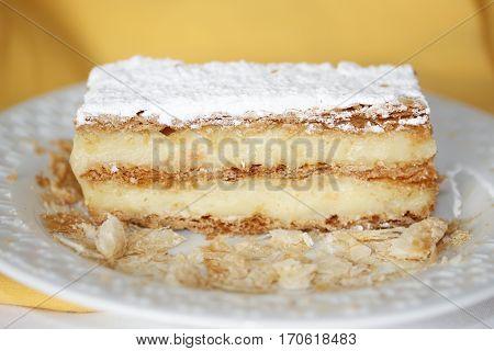 a thousand sheets cake dessert  yellow food