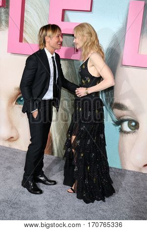 LOS ANGELES - FEB 7:  Keith Urban, Nicole Kidman at the