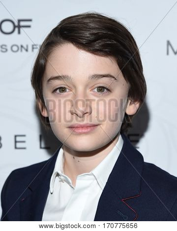 LOS ANGELES - JAN 28:  Noah Schnapp arrives to the Entertainment Weekly Pre Sag Awards Celebration on January 28, 2017 in Hollywood, CA