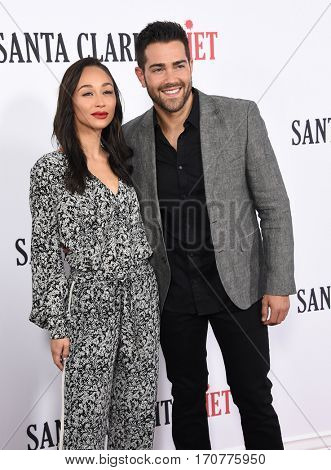 LOS ANGELES - FEB 01:  Cara Santana and Jesse Metcalfe arrives to the