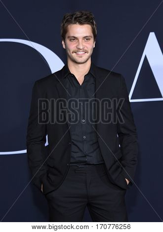 LOS ANGELES - FEB 02:  Luke Grimes arrives to the