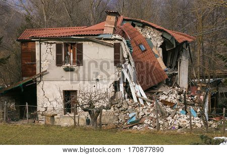 The effects of terrible central Italy earthquake