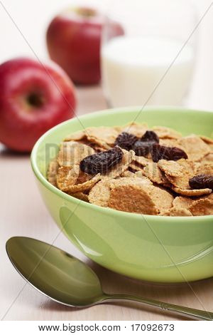 cornflakes with raisins