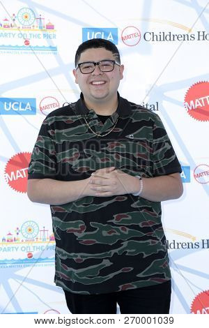 LOS ANGELES - NOV 18:  Rico Rodriguez at the UCLA Childrens Hospital